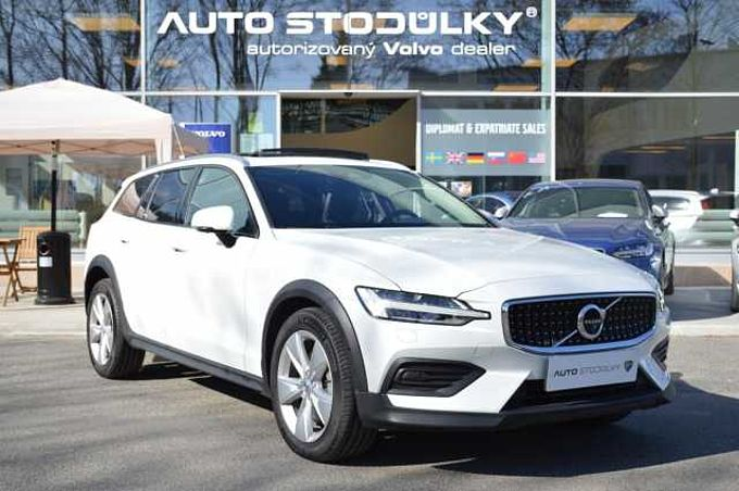 Volvo V60 CROSS COUNTRY D4 AWD AUT 1.maj